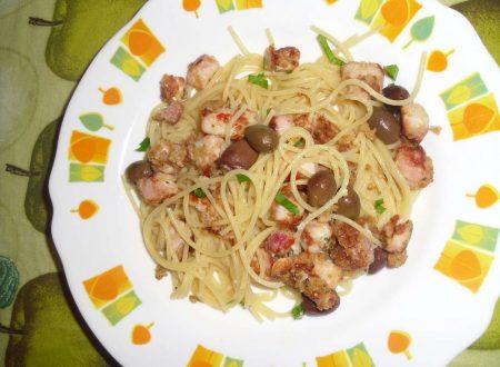Spaghetti con Pesce Spada e Olive Taggiasche